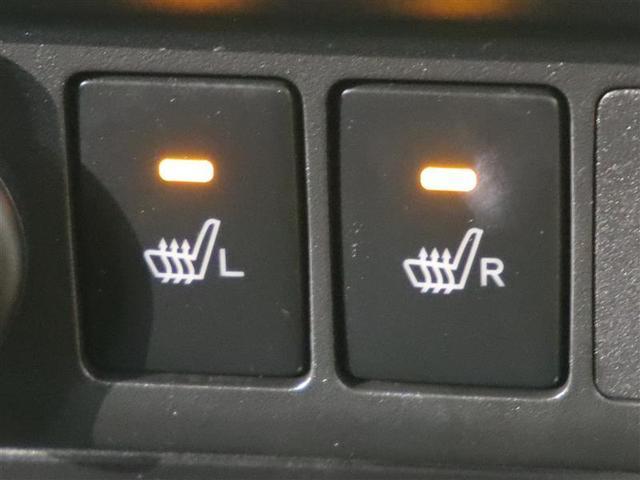 運転席と助手席のシートヒーターが付いてます