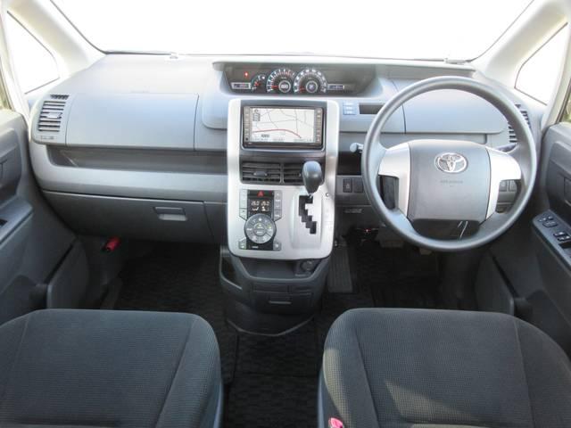 トヨタ ヴォクシー X Lエディション パワースライドドア HDDナビ ETC