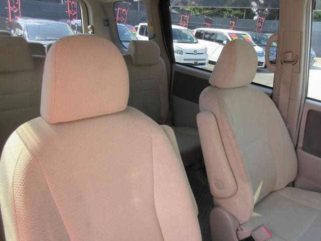トヨタ ノア S Gエディション 純正HDDナビ 地デジ 両側パワスラ