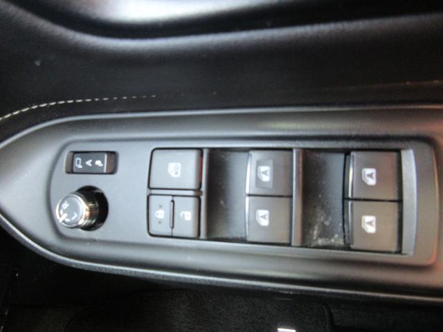 ハイブリッドGi 両側パワースライドドア 社外SDナビ Bカメラ フルセグTV Bluetooth接続 レザーシート シートヒーター クルーズコントロール ビルトインETC LEDヘッドライト(64枚目)
