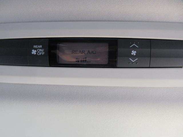 アブソルート 純正SDナビ フルセグ バックカメラ 両側パワスラ ホンダセンシング アイドリングストップ Wエアコン 純正後席モニター 純正ドラレコ ETC LEDヘッドライト(6枚目)