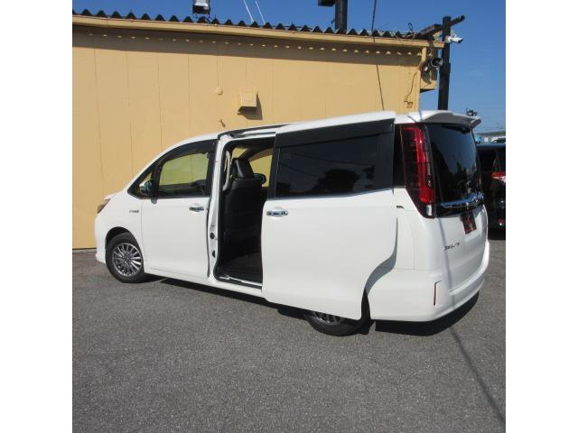 ハイブリッドGi カロッツェリア8インチナビ 両側パワースライドドア シートヒーター 本革シート LEDヘッドライト Bluetooth USB バックカメラ クルーズコントロール ビルトインETC スマートキー(31枚目)
