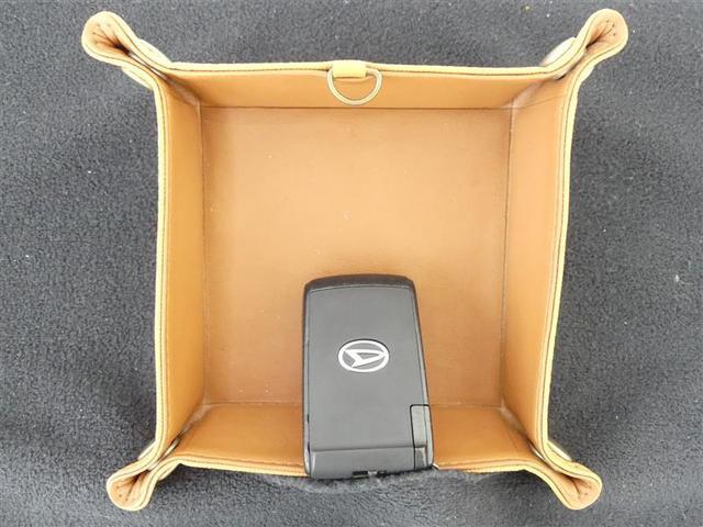カスタムX 地デジTV ETC車載器 DVD再生可 AC アルミ メモリナビ ABS 盗難防止装置 パワステ ベンチシート キセノンヘッドライト キ-フリ- ナビ・テレビ パワースライドD CDステレオ(19枚目)