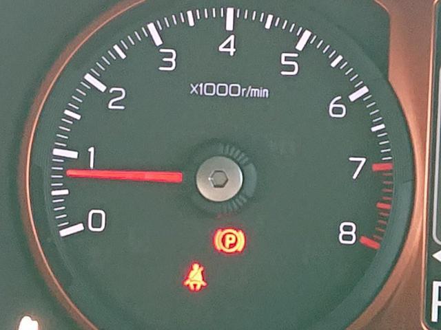 G スマートアシストIII スマートキー LEDヘッドライト LEDフォグライト 運転席助手席シートヒーター 届出済未使用車(35枚目)