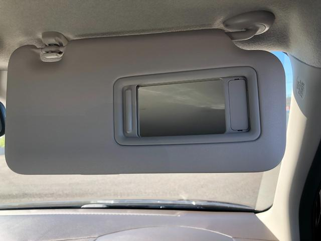 Lホンダセンシング 衝突被害軽減ブレーキ装着車・キーレスプッシュスタート・オートエアコン・電動パーキング・充電用USB端子・オーディオレス仕様・バックカメラ(11枚目)