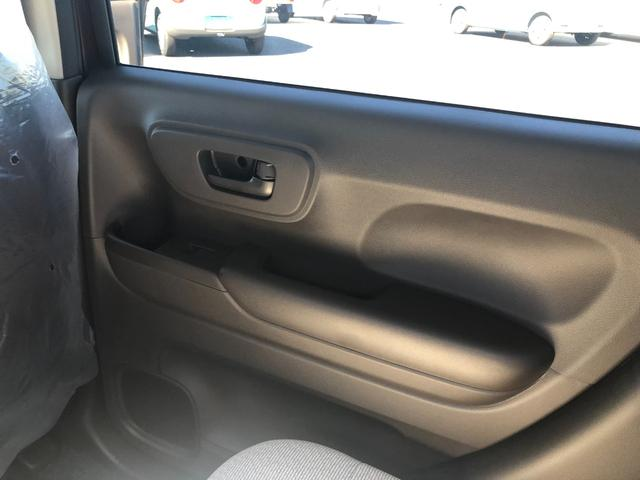 Lホンダセンシング 衝突被害軽減ブレーキ装着車・キーレスプッシュスタート・オートエアコン・電動パーキング・充電用USB端子・オーディオレス仕様・バックカメラ(17枚目)