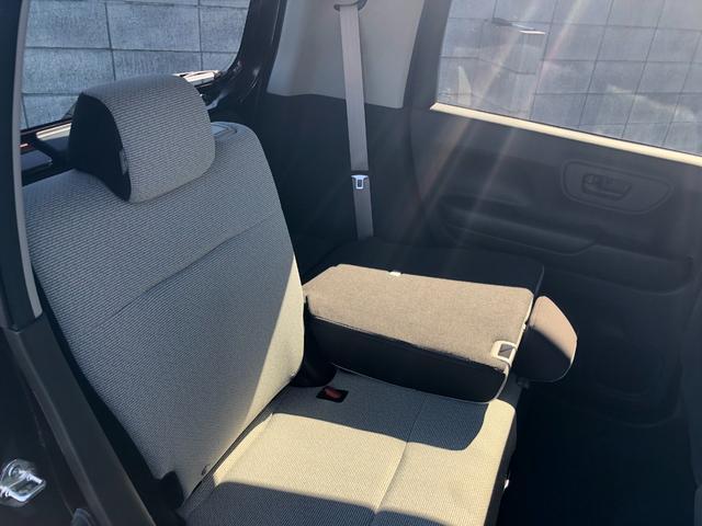 Lホンダセンシング 衝突被害軽減ブレーキ装着車・キーレスプッシュスタート・オートエアコン・電動パーキング・充電用USB端子・オーディオレス仕様・バックカメラ(32枚目)