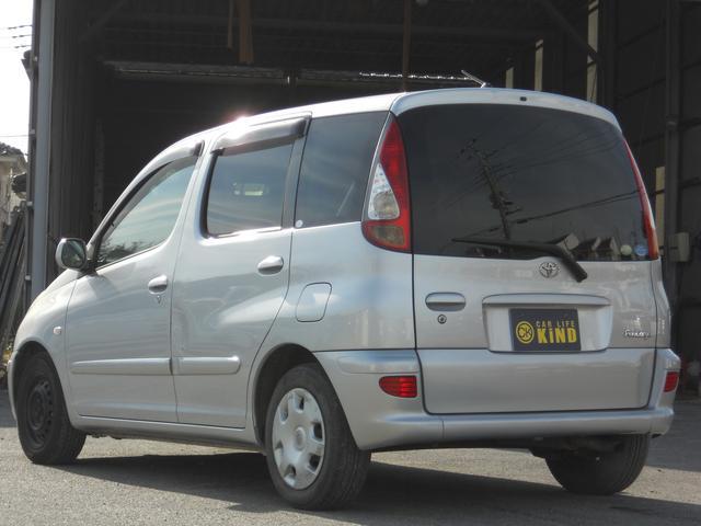 トヨタ ファンカーゴ X フロントフォグ キーレス 電格ミラー ドアバイザー