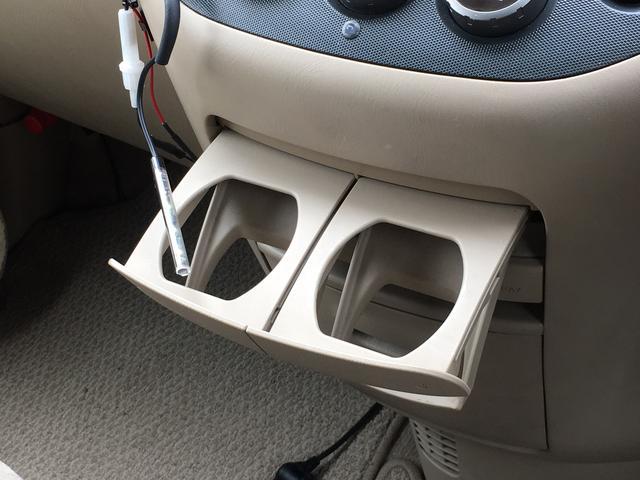 日産 セレナ V-G バックカメラ CD キーレス ドアバイザー