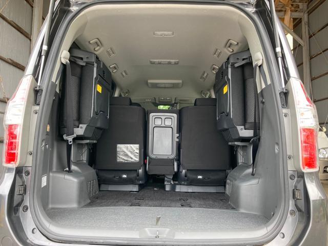 Si ナビ Bカメラ 両パワスラ スマートキー プッシュスタート 16AW ETC HID Wエアコン パーキングセンサー 横滑り防止 8人乗り ABS イモビライザー タイミングチェーン 整備保証付(20枚目)