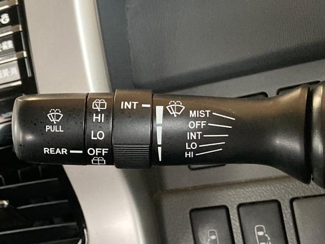 Si ナビ Bカメラ 両パワスラ スマートキー プッシュスタート 16AW ETC HID Wエアコン パーキングセンサー 横滑り防止 8人乗り ABS イモビライザー タイミングチェーン 整備保証付(38枚目)