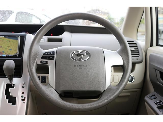 トヨタ ノア X Lセレクションワンオーナー社外ナビ両側電動ドアキセノン