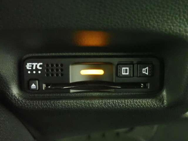 L ホンダセンシング Honda認定中古車 インターナビ DVD再生 Bluetooth フルセグTV USB接続端子バックカメラ LEDヘッドライト アダプティブクルーズ 電動格納ドアミラー ETC車載器(10枚目)