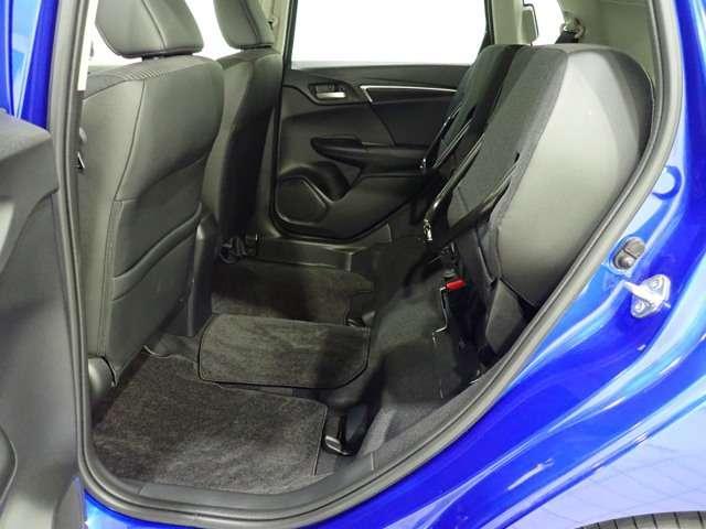 L ホンダセンシング Honda認定中古車 インターナビ DVD再生 Bluetooth フルセグTV USB接続端子バックカメラ LEDヘッドライト アダプティブクルーズ 電動格納ドアミラー ETC車載器(14枚目)