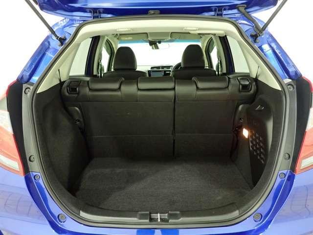 L ホンダセンシング Honda認定中古車 インターナビ DVD再生 Bluetooth フルセグTV USB接続端子バックカメラ LEDヘッドライト アダプティブクルーズ 電動格納ドアミラー ETC車載器(15枚目)