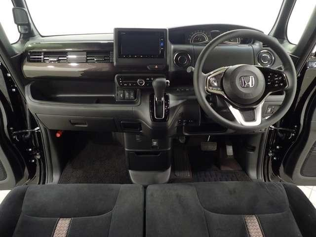 G・Lホンダセンシング Honda認定中古車 メモリーナビ Bluetooth バックカメラ スマートキー(7枚目)