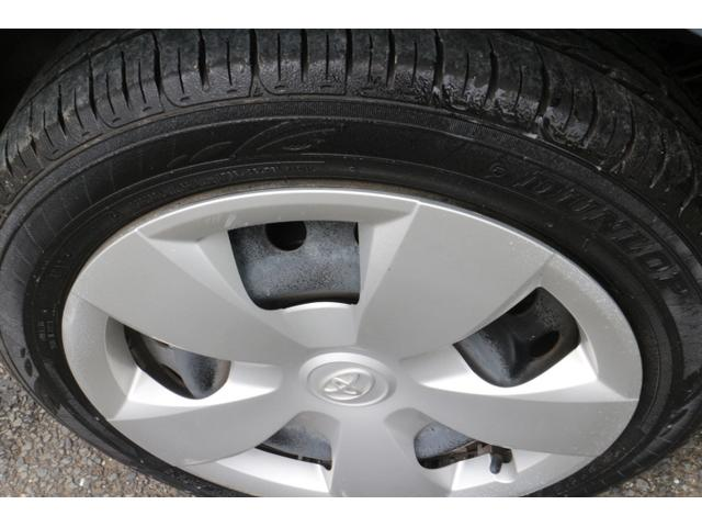 トヨタ ラクティス X車イス用リフト、固定装置付き