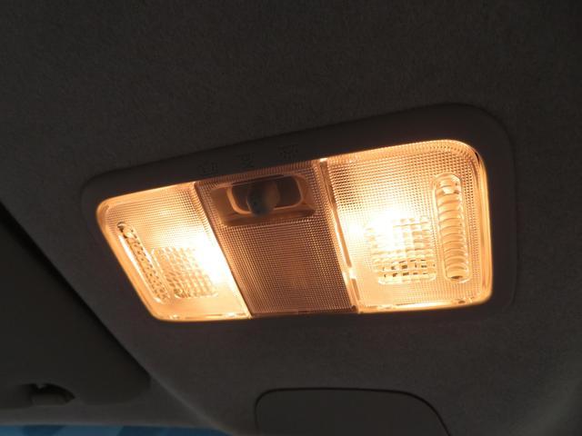 カスタムRS スマートアシスト ターボ ワンオーナー LEDヘッドライト アイドリングストップ スマートキー プッシュスタート 純正15インチAW スマートアシスト 社外CDデッキ ウィンカーミラー ドアバイザー 横滑り防止装置付き(10枚目)