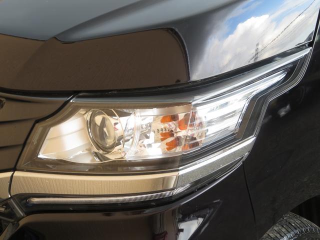 G・Aパッケージ メモリーナビ フルセグ Bluetooth バックカメラ ステアスイッチ クルーズコントロール あんしんパッケージ HIDヘッドライト オートライト フォグランプ付き スマートキー プッシュスタート(18枚目)