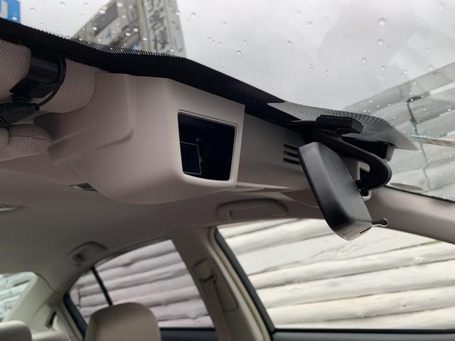 2.5iアイサイト ・先進運転支援システムアイサイト・純HDDナビ・フルセグ・DVD再生・Mサーバー・Bluetoothオーディオ・4WD・スマ―トキー・純正17AW・ETC(17枚目)