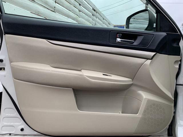 2.5iアイサイト ・先進運転支援システムアイサイト・純HDDナビ・フルセグ・DVD再生・Mサーバー・Bluetoothオーディオ・4WD・スマ―トキー・純正17AW・ETC(69枚目)