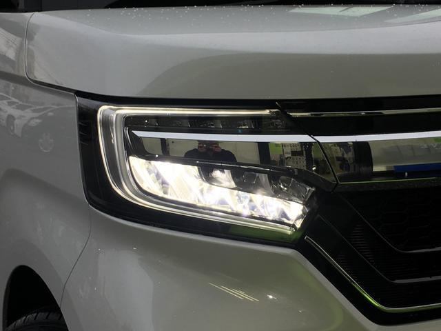 特徴的なヘッドライトはLEDを採用!ウインカーは現代のトレンド、シーケンシャルウインカーです☆
