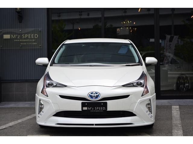 トヨタ プリウス S ZEUS 新車コンプリート ローダウンVer. 18AW