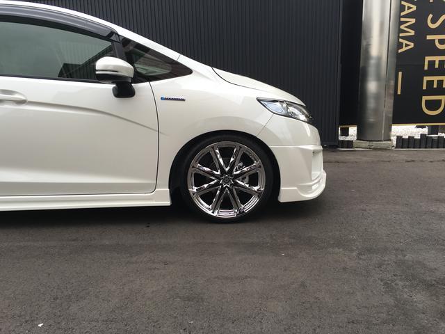 ホンダ フィットハイブリッド Fパッケージ ZEUS 新車コンプリート 車高調 18AW
