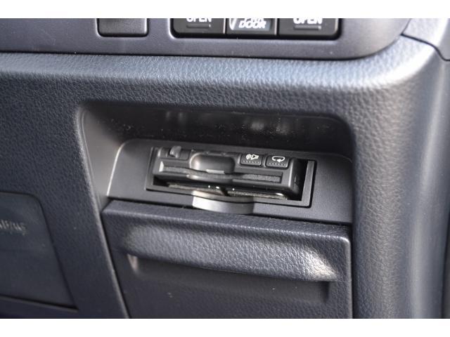 トヨタ ノア W×B 11型ナビBカメラETC後席モニターマットバイザー