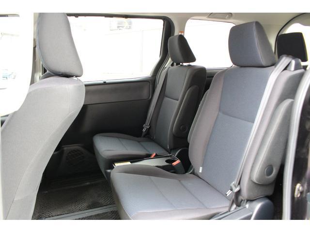「トヨタ」「ノア」「ミニバン・ワンボックス」「千葉県」の中古車32