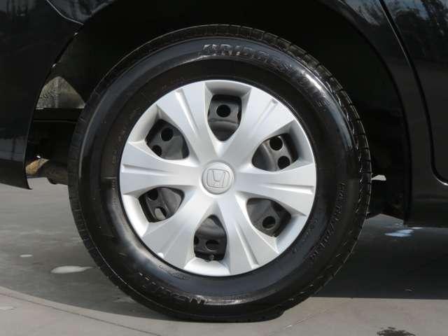 タイヤもクリーニング済みです。