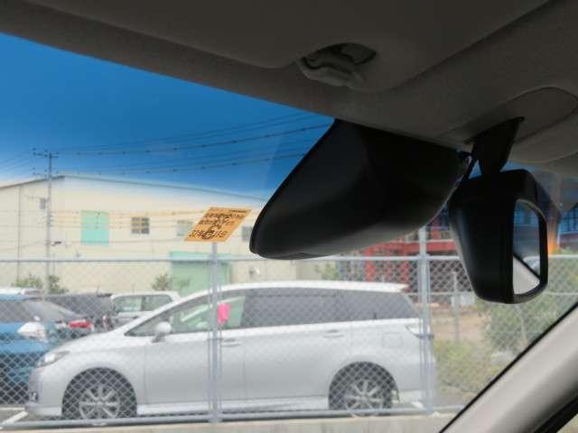レーダーブレーキサポートで事故を軽減!アイドリングストップで低燃費です!