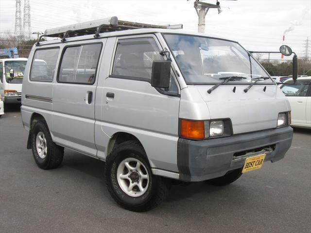 GL ガソリン車 リフトアップ 5速MT 4WD(2枚目)