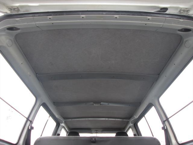 GL ガソリン車 リフトアップ 5速MT 4WD(15枚目)