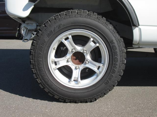 スズキ ジムニーL ベースグレード 2WD リフトアップ