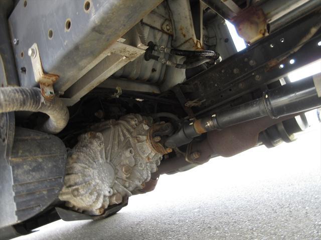 Wキャブロングシングルジャストロ 5速マニュアル 4WD ディーゼル ワンセグメモリーナビ 全窓パワーウィンドウ ETC リアクーラー スタッドレスタイヤ付属(45枚目)