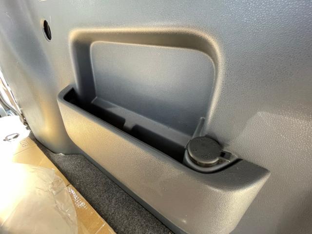 カスタムターボRS ブラックエディション 両側スライドドア/キーレス/純正アルミノーマルタイヤあり(8枚目)
