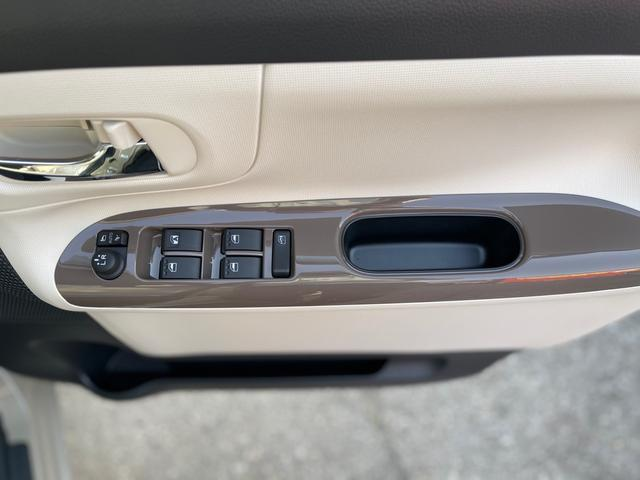 GホワイトアクセントVS SAIII 届出済未使用車 両側パワースライドドア LEDライト シートヒーター スマートキー サポカー プッシュスタート(10枚目)