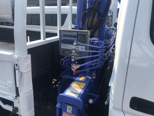 トラック AC MT 修復歴無 ETC 3名乗り ホワイト(12枚目)