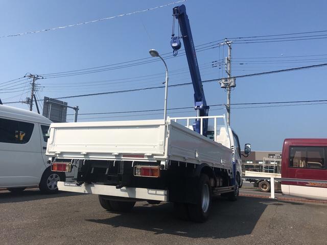 トラック AC MT 修復歴無 ETC 3名乗り ホワイト(14枚目)