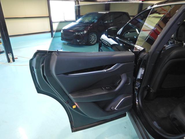 「マセラティ」「レヴァンテ」「SUV・クロカン」「千葉県」の中古車12