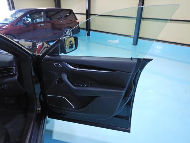 「マセラティ」「レヴァンテ」「SUV・クロカン」「千葉県」の中古車25