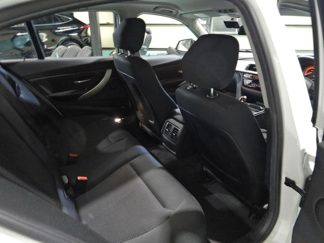 「BMW」「3シリーズ」「セダン」「千葉県」の中古車28
