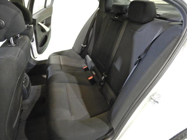 「BMW」「3シリーズ」「セダン」「千葉県」の中古車31