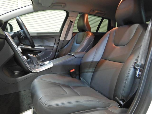 D4 タック ワンオーナー 黒本革シート シートヒーター インテリセーフ10 PCCキーレスドライブ アダプティブクルーズコントロール リアビューカメラ(11枚目)
