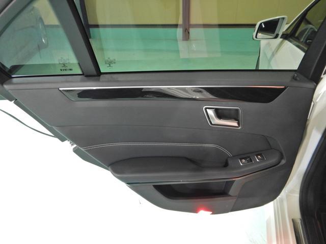 E220ブルーテック アバンギャルド ワンオーナー 黒本革シート 全席シートヒーター レーダーセーフティ 360度カメラ LEDヘッドライト HDDナビゲーションシステム(12枚目)