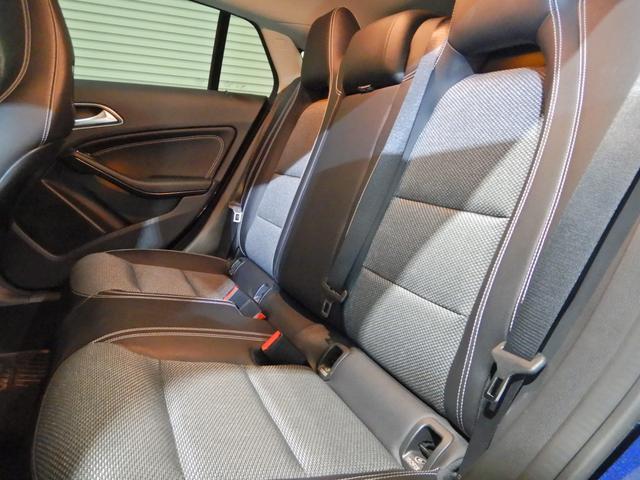 CLA180 シューティングブレーク AMGスタイル レーダーセーフティ ハーフレザーシート シートヒーター キーレスゴー LEDヘッドライト 18インチAMGホイール HDDナビ リアビューカメラ(15枚目)
