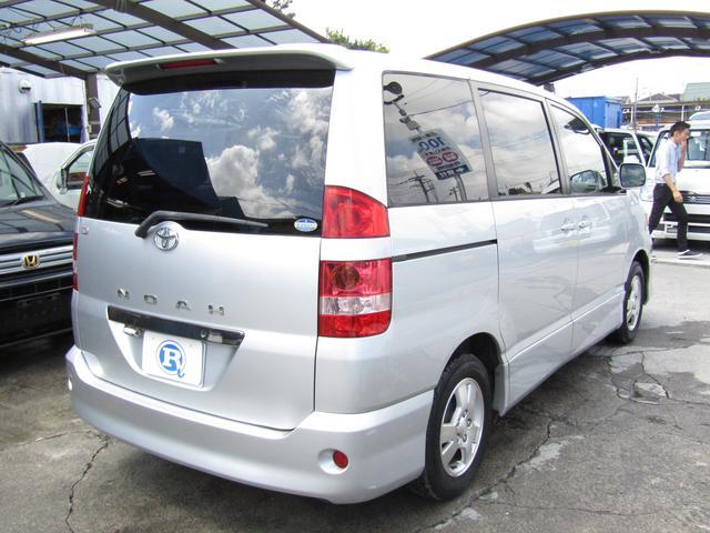 トヨタ ノア S Gセレクション Wサンルーフ Tチェーン式 キーレス