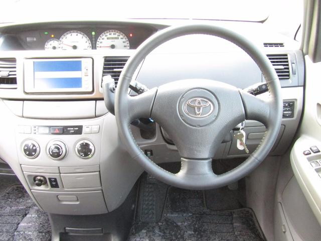トヨタ ノア S Gセレクション Wサンルーフ ローダウンサス キーレス
