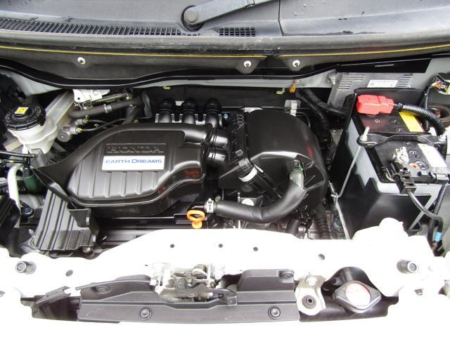 G・Lパッケージ フルタイム4WD 左オートスライド(12枚目)